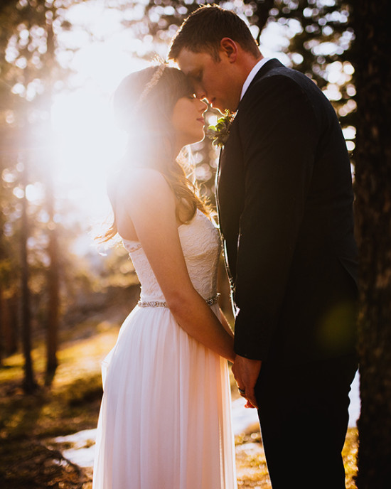 sunset forest bride and groom photo idea
