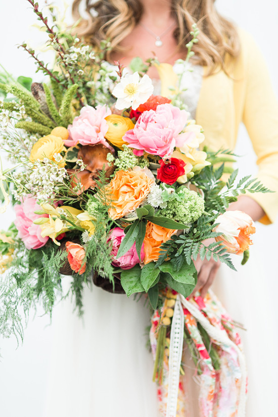 warm and vibrant wedding bouquet