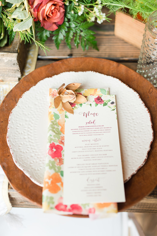 wooden chargers and wedding menu
