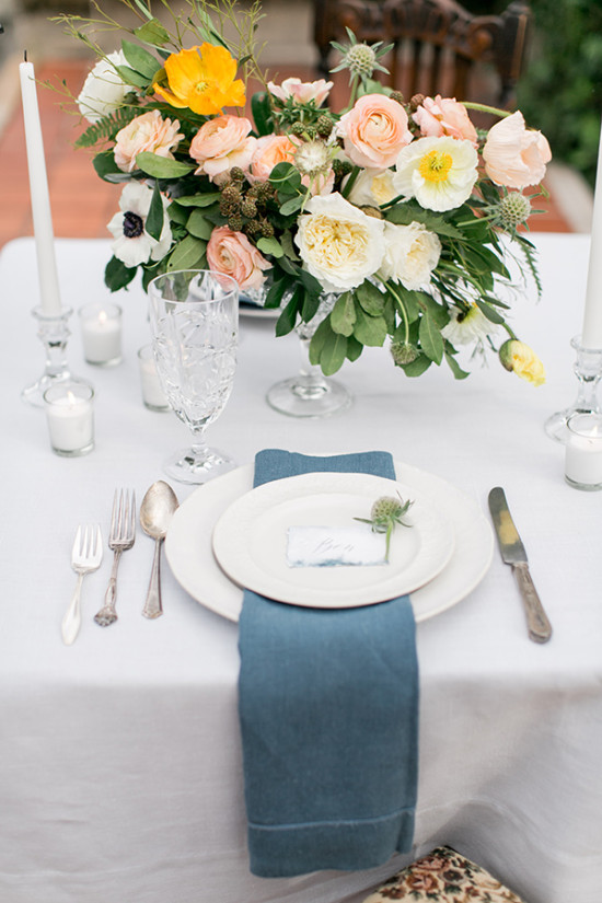 soft romantic wedding table decor