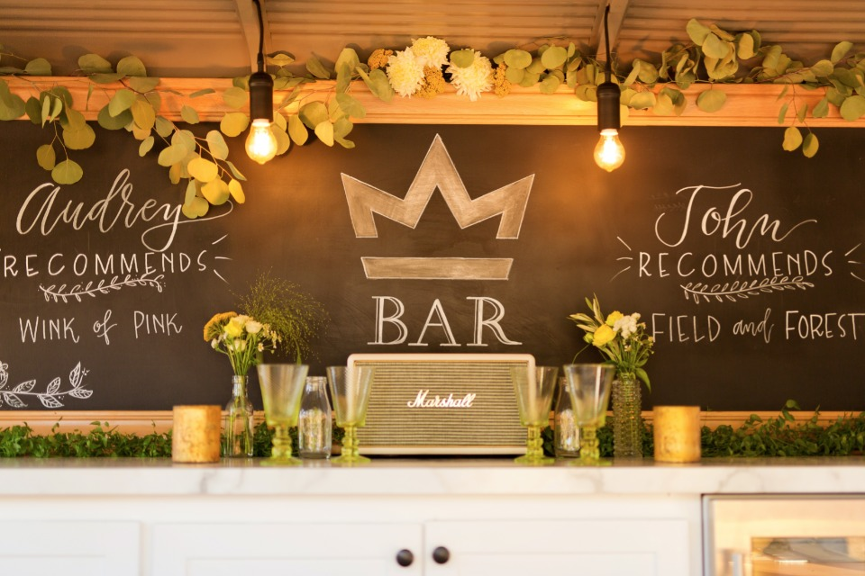Chalkboard bar menu idea