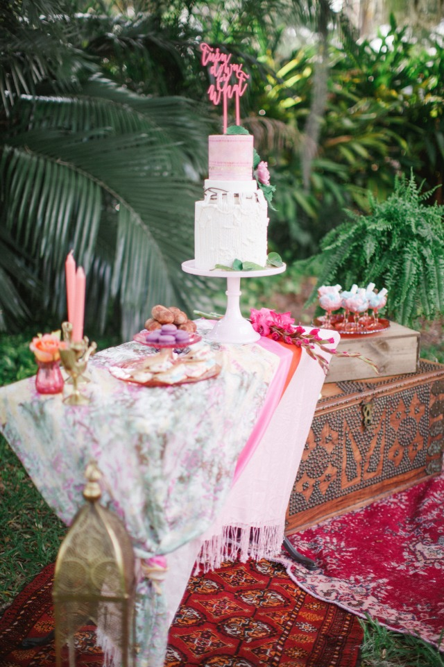 boho chic wedding cake table