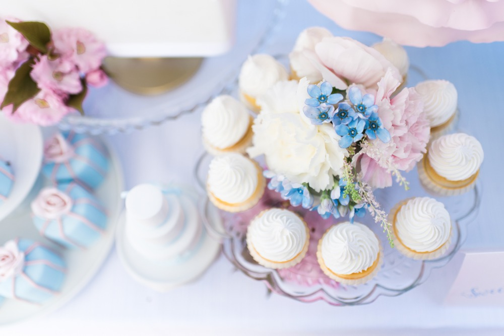 pantone colors of the year dessert table