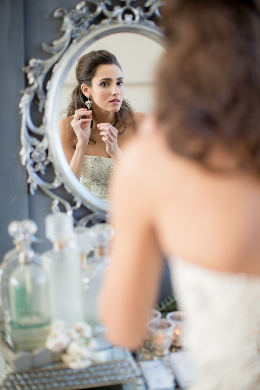 Getting ready bridal portrait idea