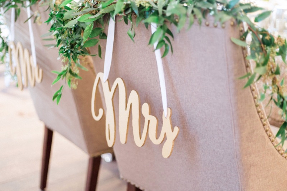 gold mr and mrs chair signs
