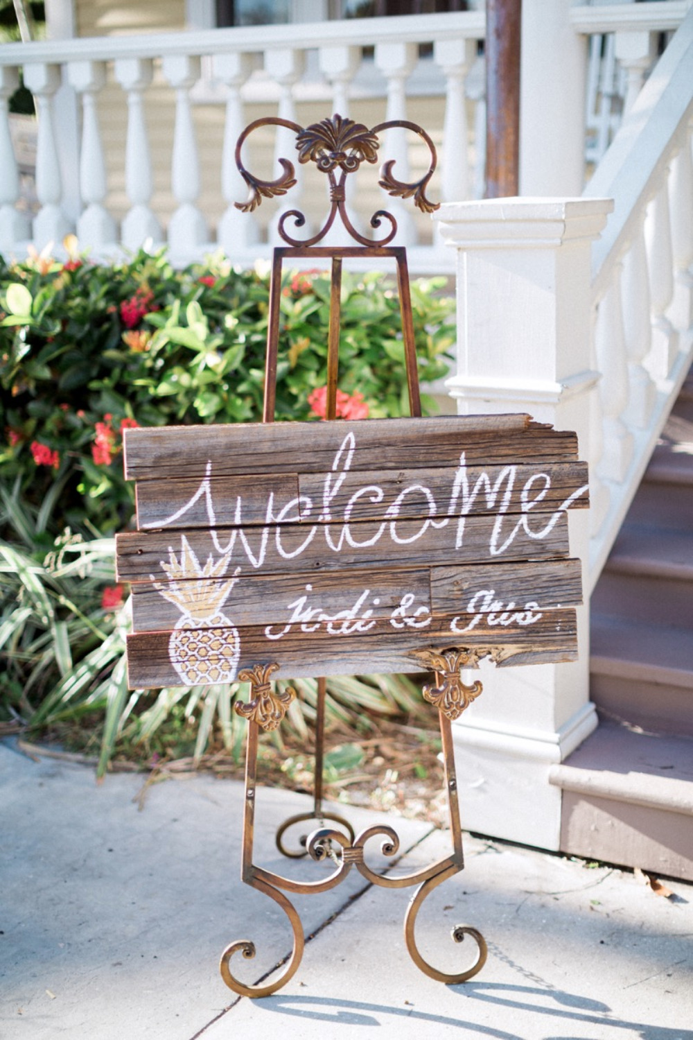 wood wedding welcome sign with pineapple