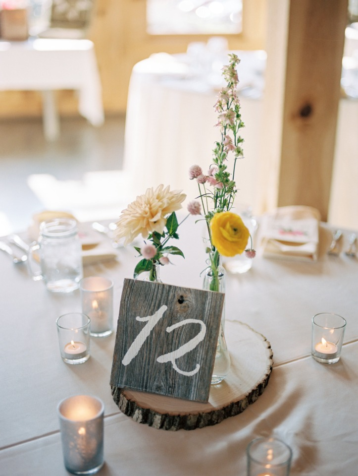 sweet simple and rustic table centerpiece