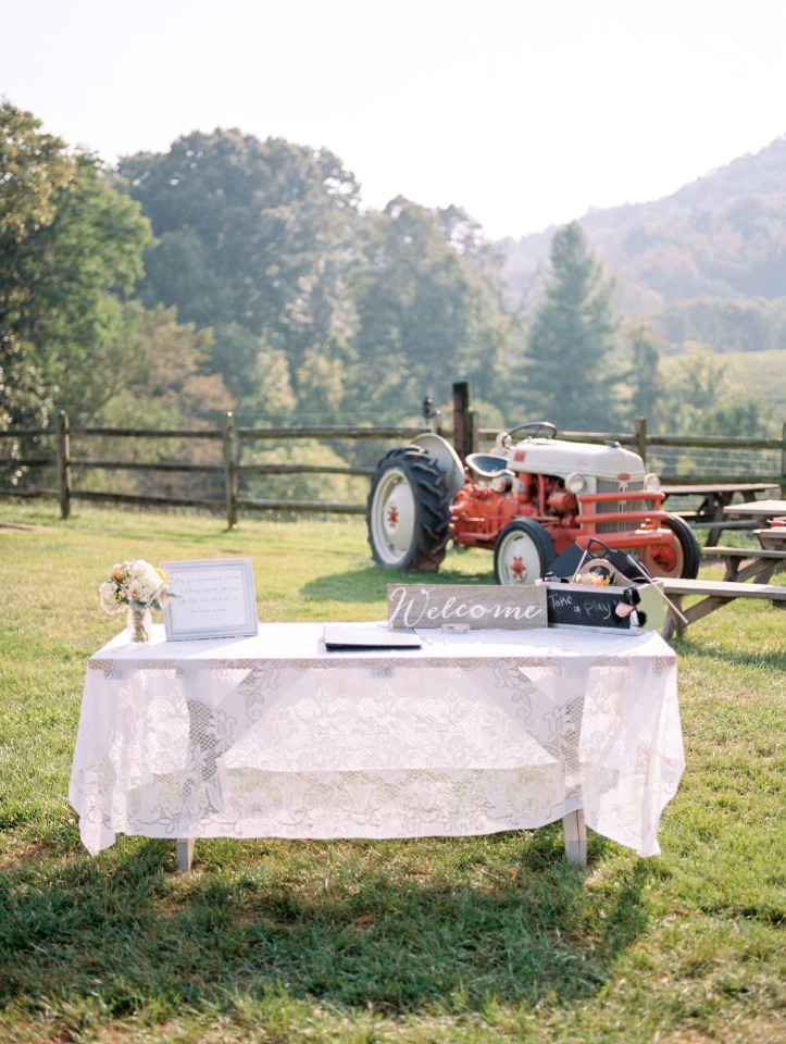 shabby chic wedding welcome table