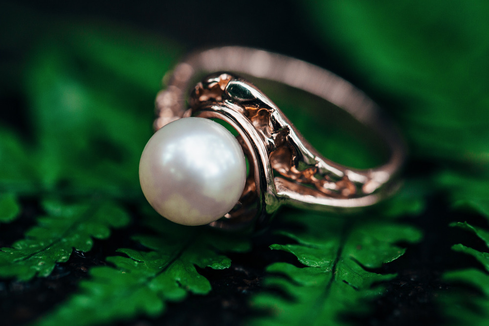 pearl antique wedding ring