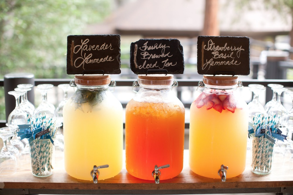 lemonade and ice tea drink bar