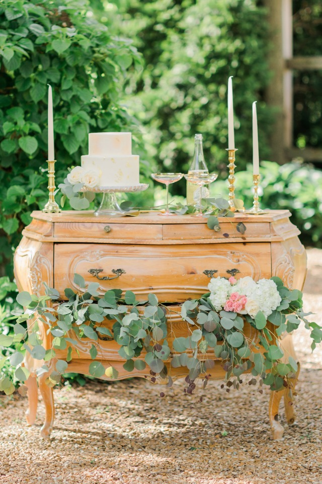 vintage dresser turned romantic cake table