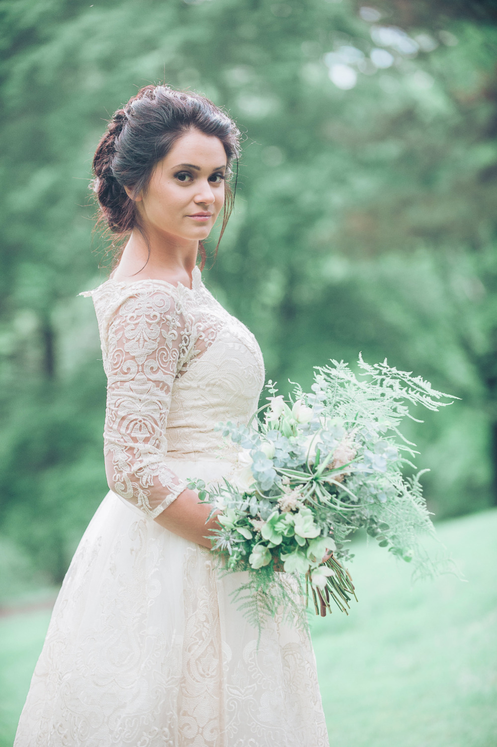 romantic elegant bridal look
