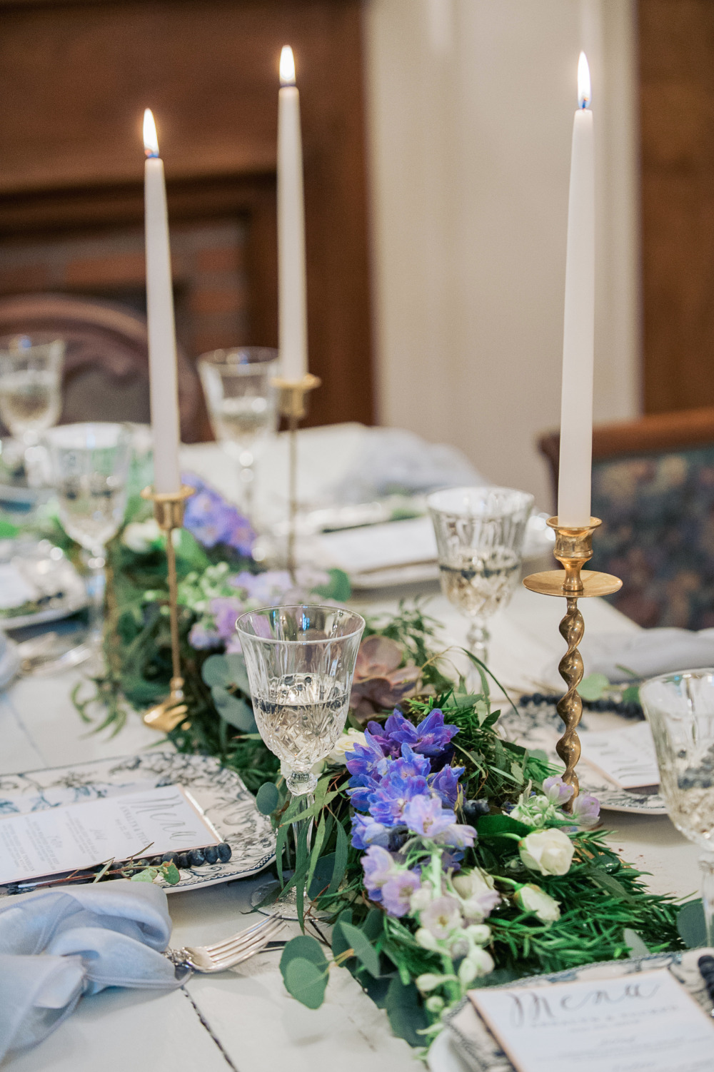 floral table runner and candles