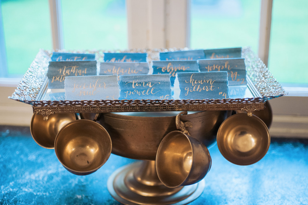 teacup escort card display idea