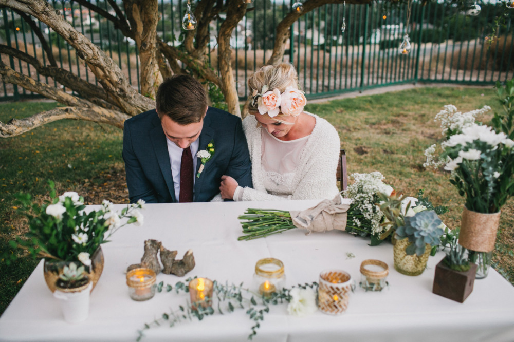 intimate and simple sweetheart table