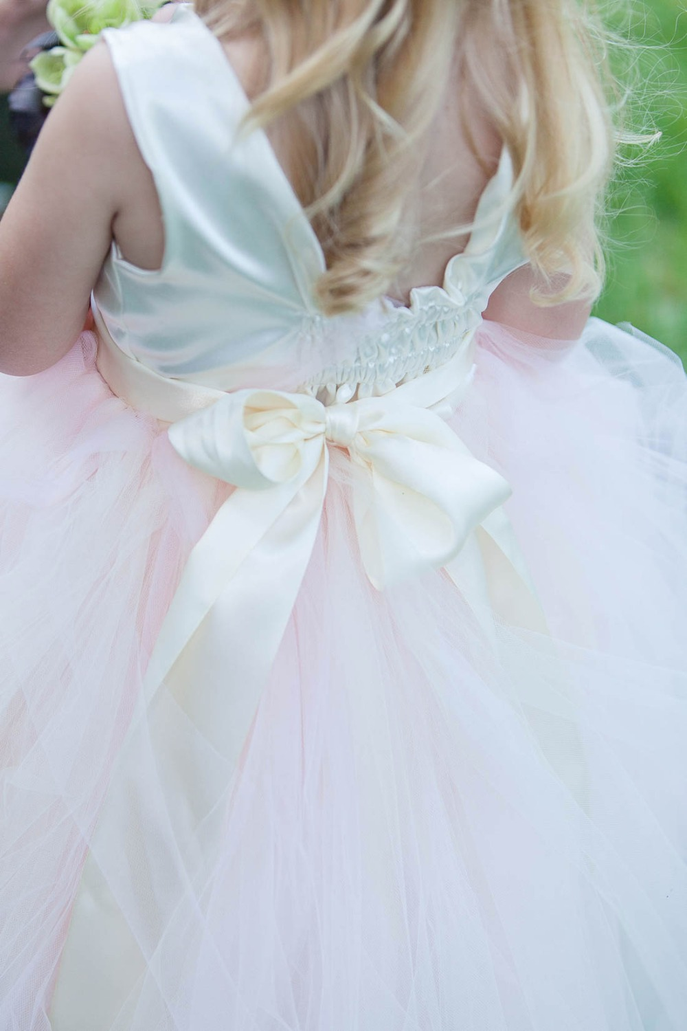 Flower girl dress detail