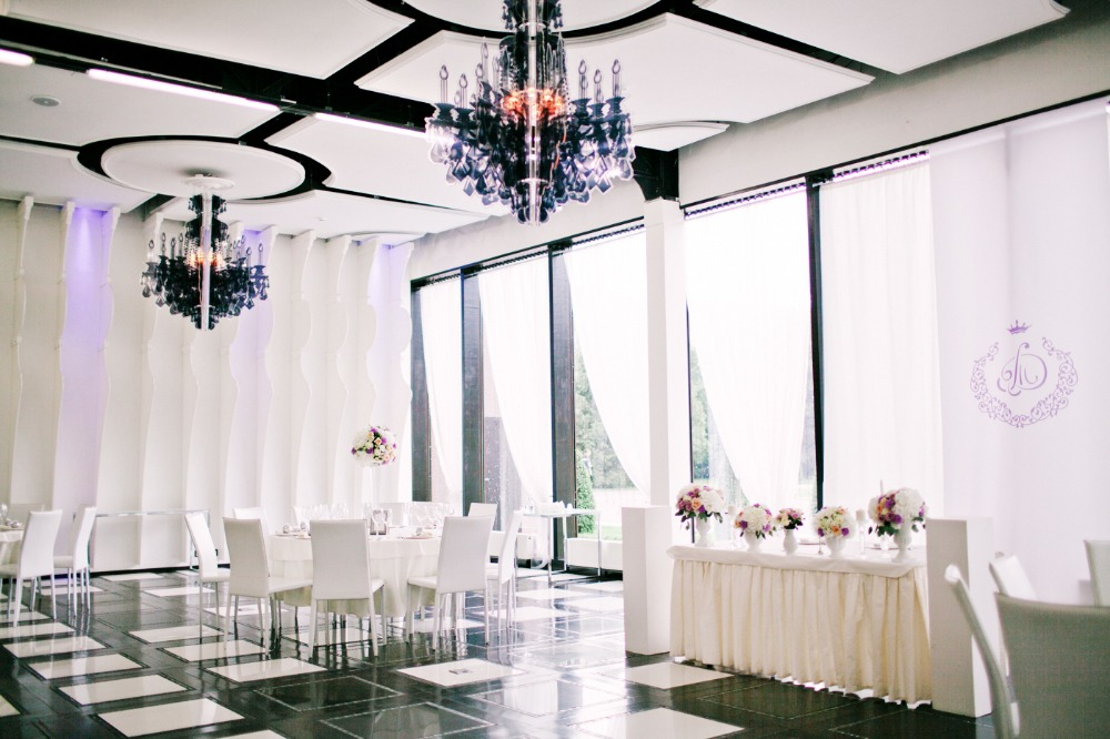 Romantic black and white reception space