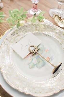 Dreamy Blush and Gold Wedding Ideas