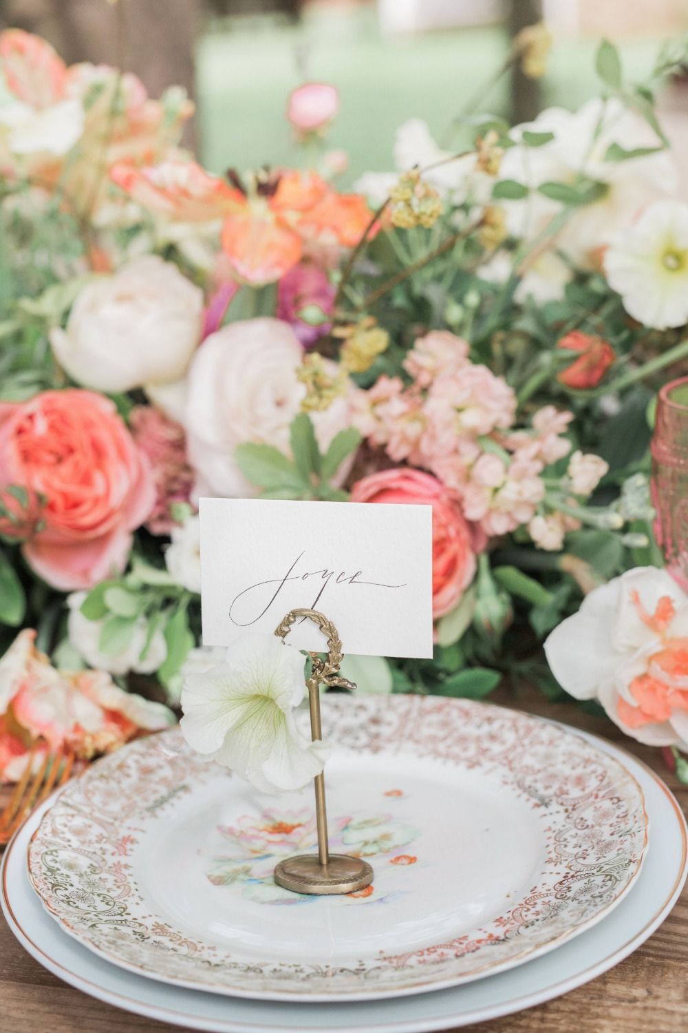 Calligraphy place card and stand