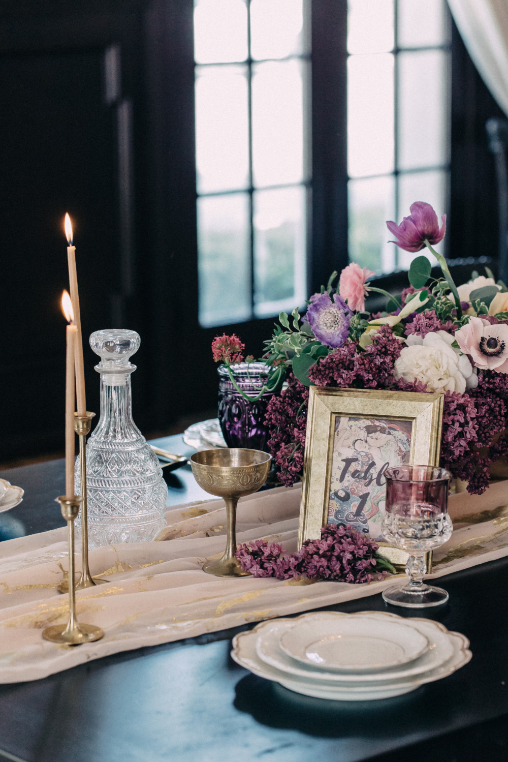 purple and gold wedding table decor