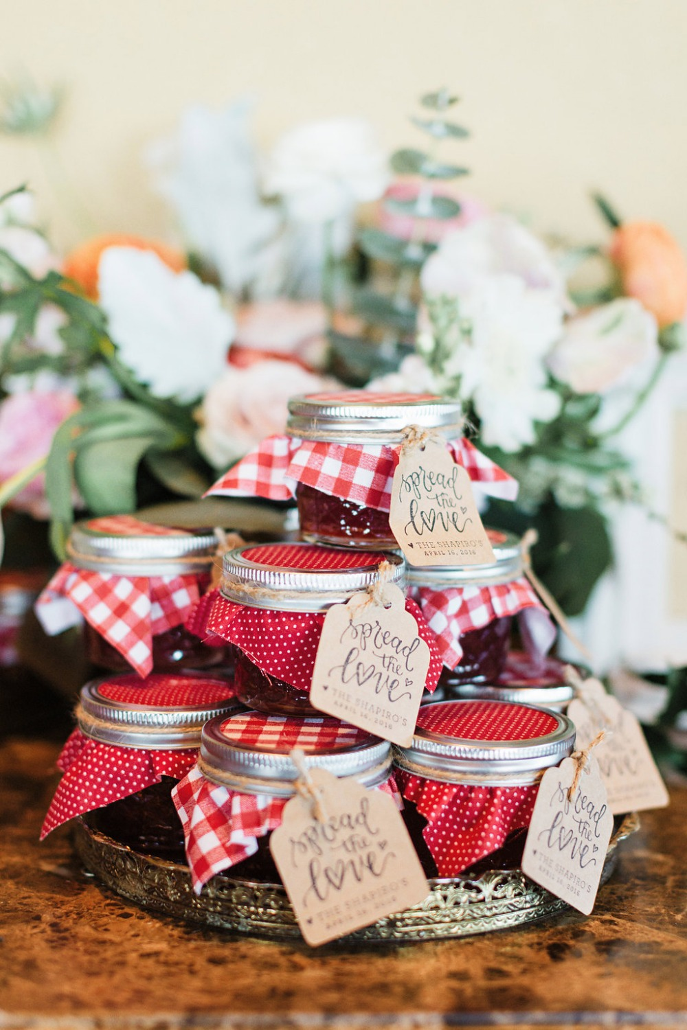 Spread the love wedding favors