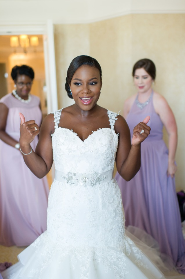 two thumbs up from this bride