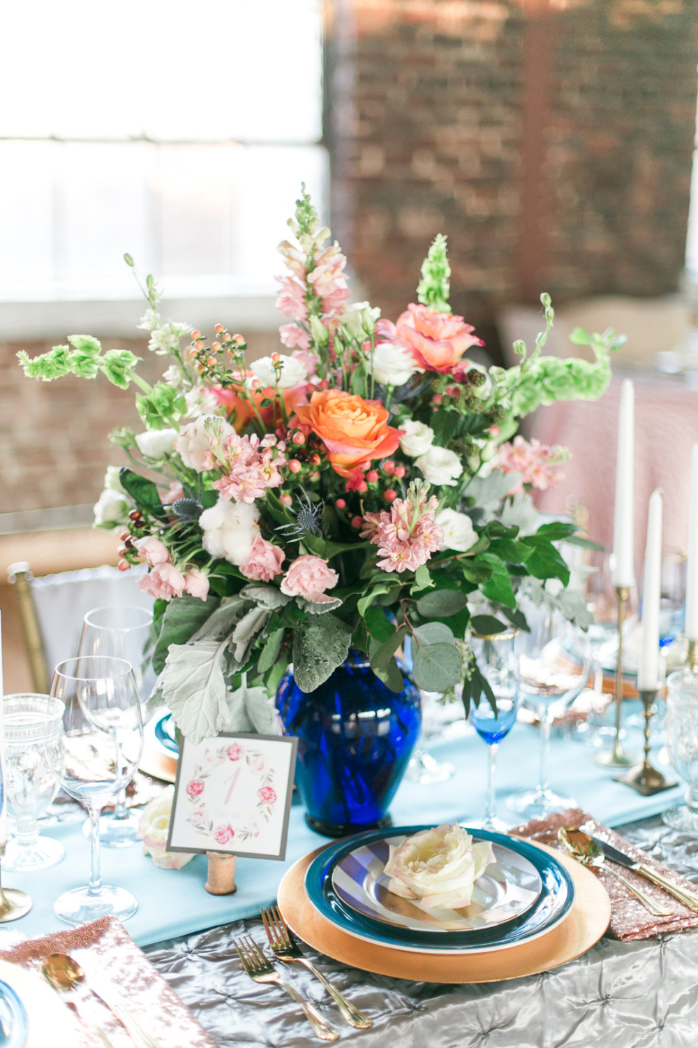 pink and white floral weddig centerpiece