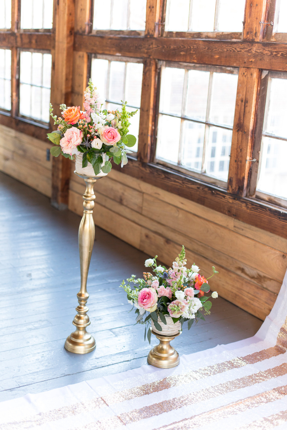 gold floral wedding ceremony decor