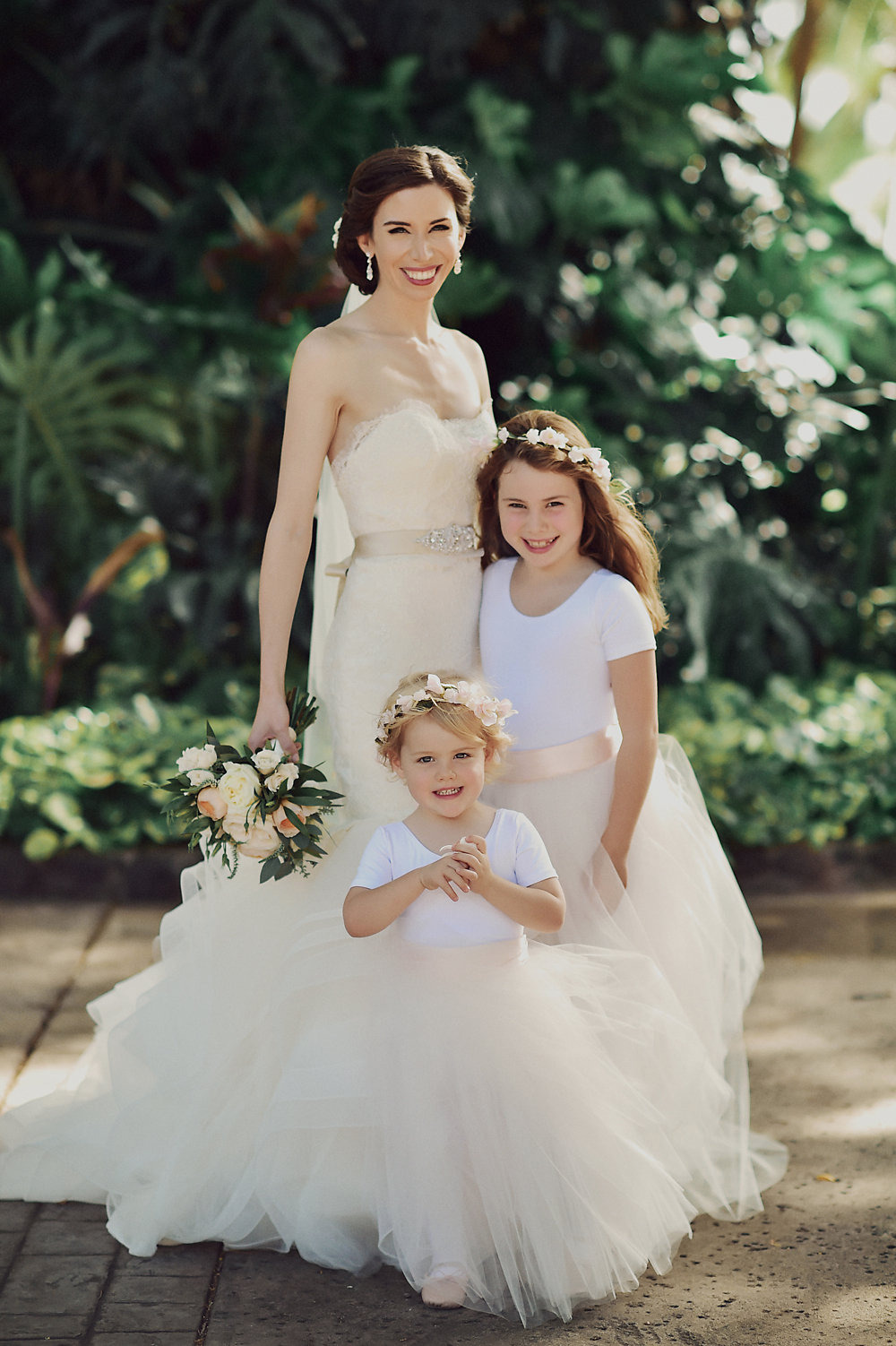 flower girls with tulle skirts