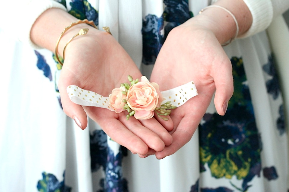 DIY NoSew wedding garter