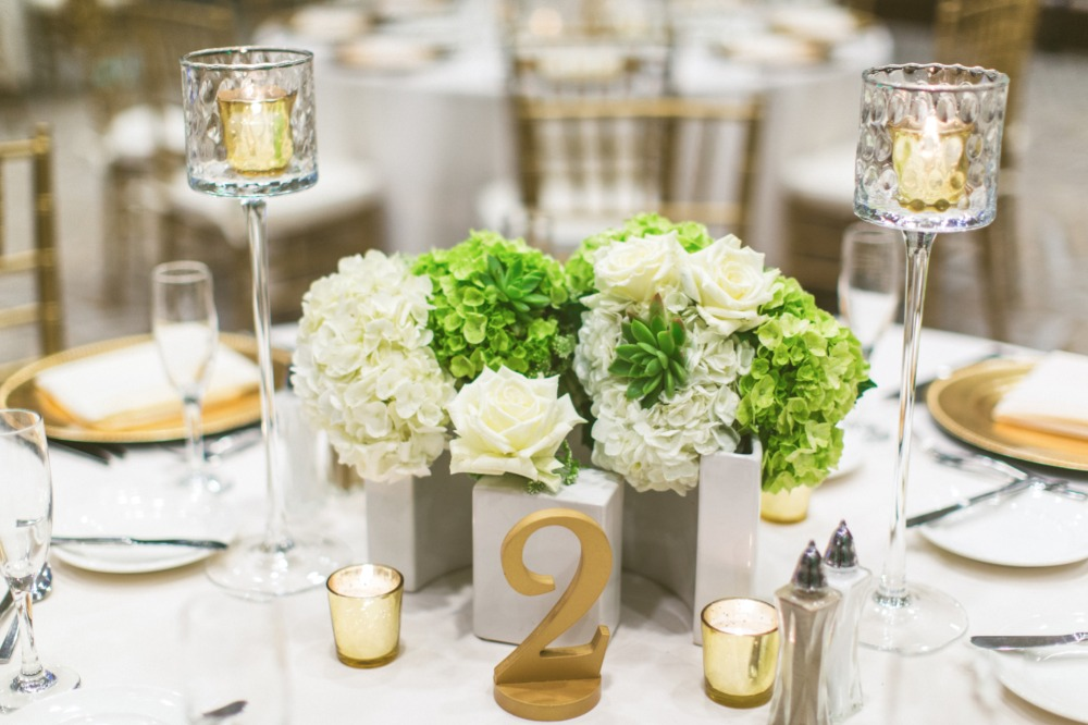 Green white and gold table decor