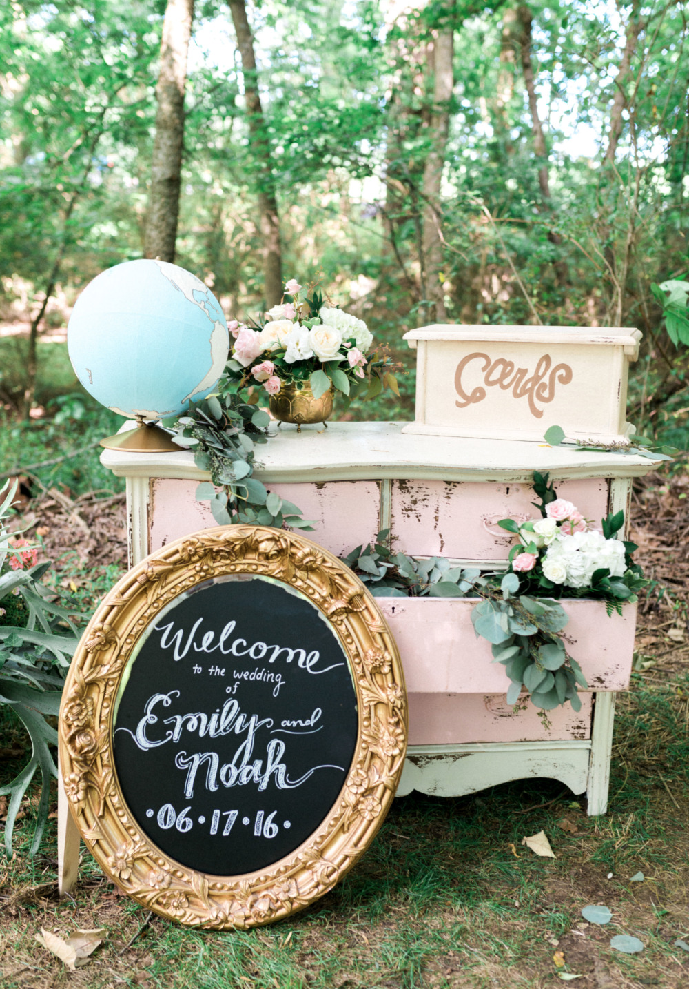 cute vintage wedding welcome table