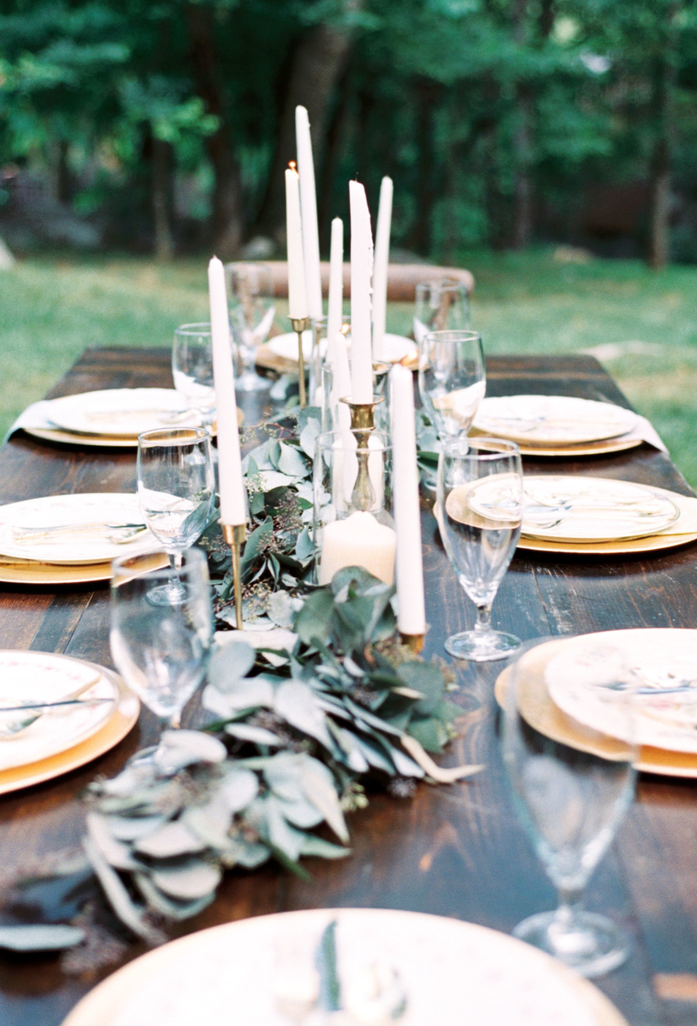 greenery garland table runner and candles