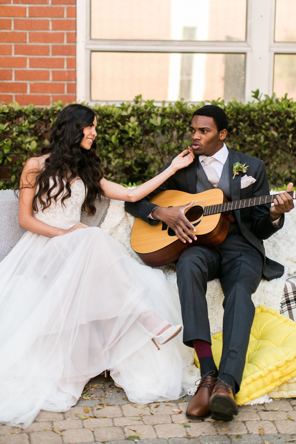Bride and groom guitar session