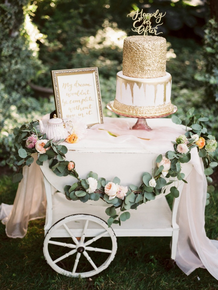 blush and gold cake table cart