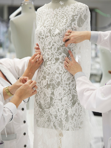 How To Make A Wedding Dresses.Guess How Long It Takes To Make A Wedding Dress