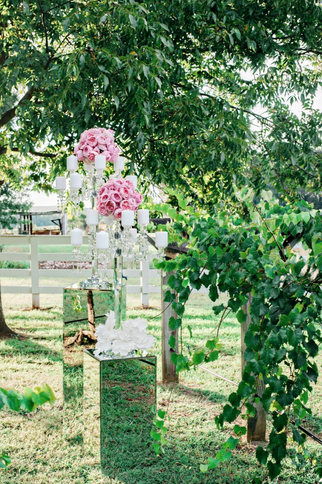 southern style and over the top elegance wedding decor