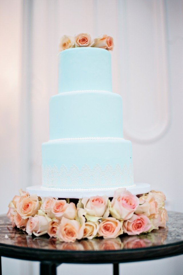 soft blue and lace wedding cake