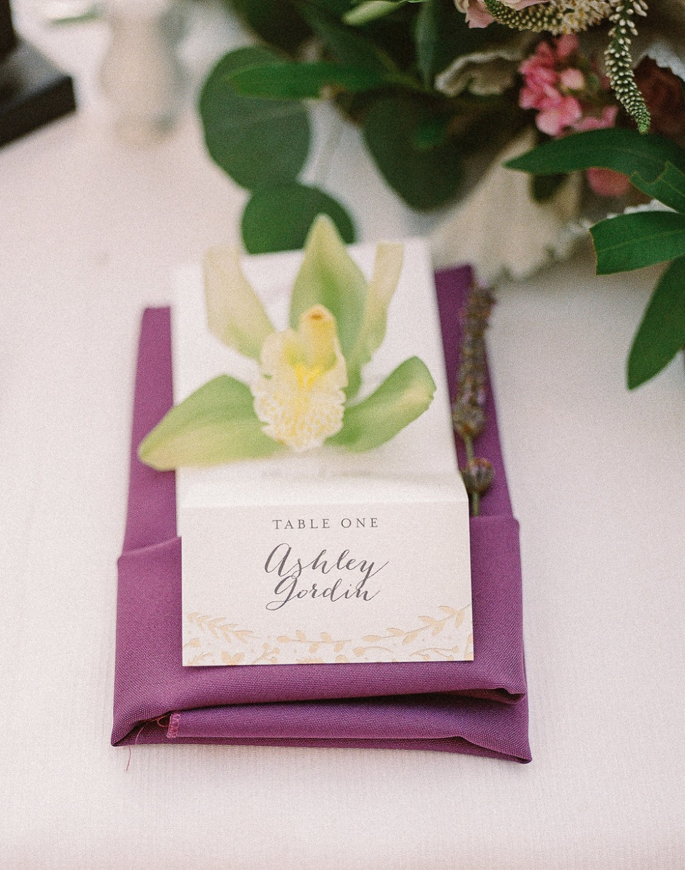 Elegant escort card design
