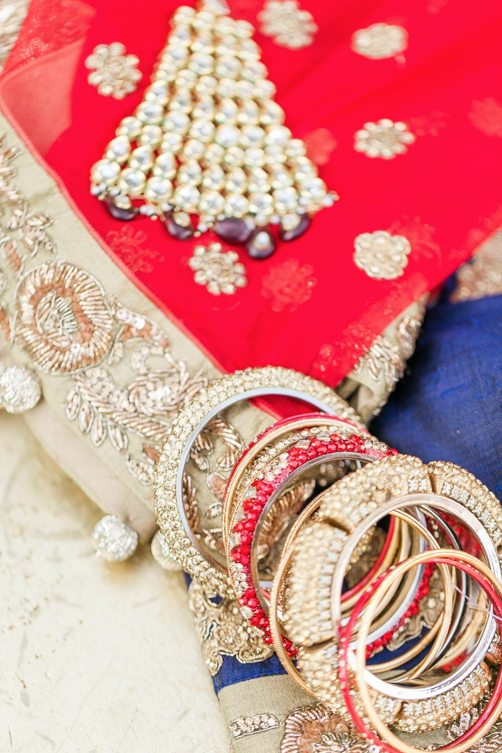 Bridal jewelry and details