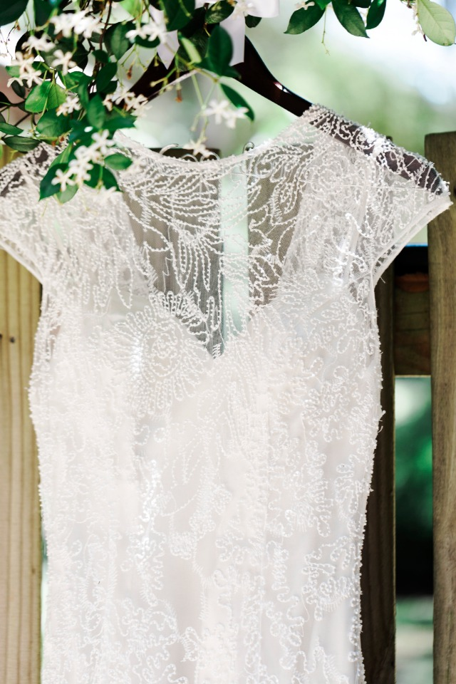 elegant lace detailing on wedding dress