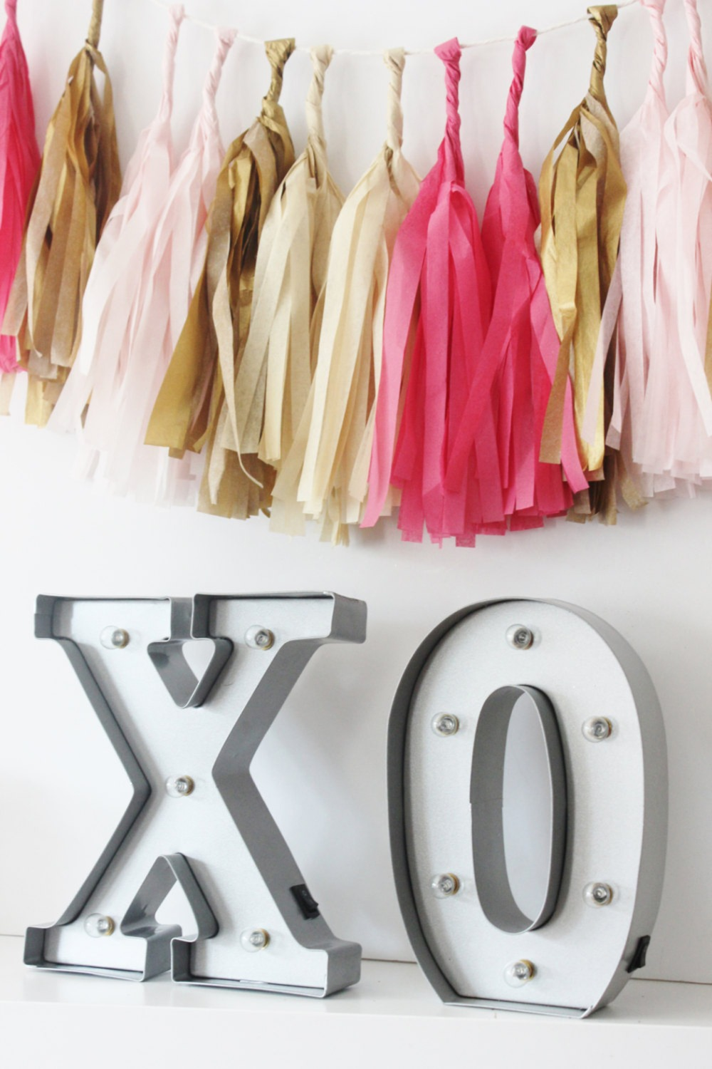 xo light up marquee sign