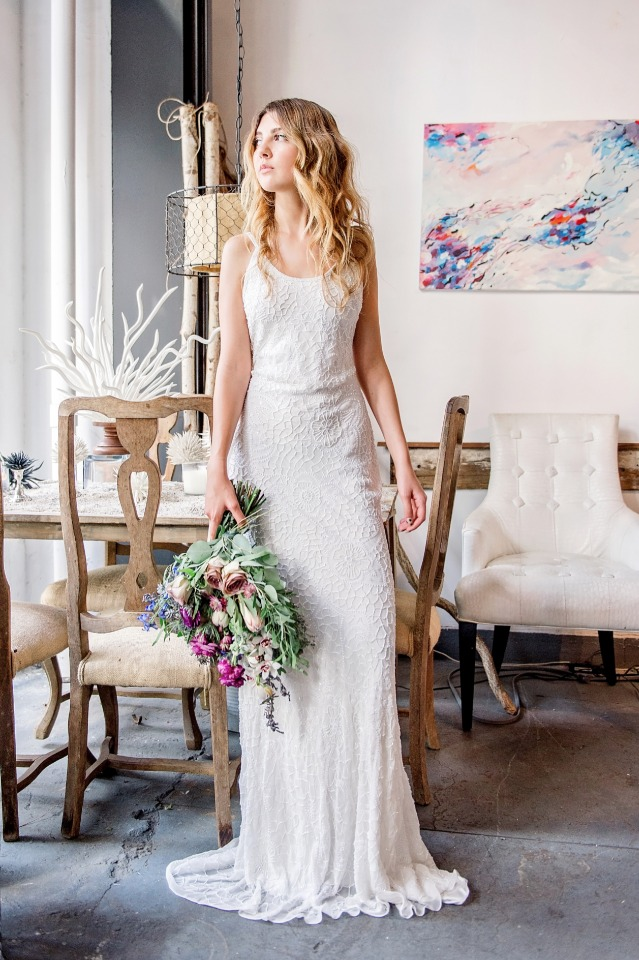 simple but so very chic wedding dress