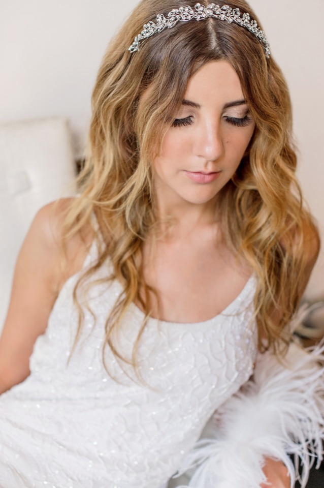 free flowing wedding hair with sparkly headband