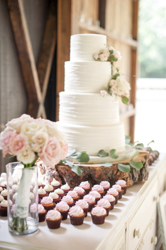rustic chic cake display table