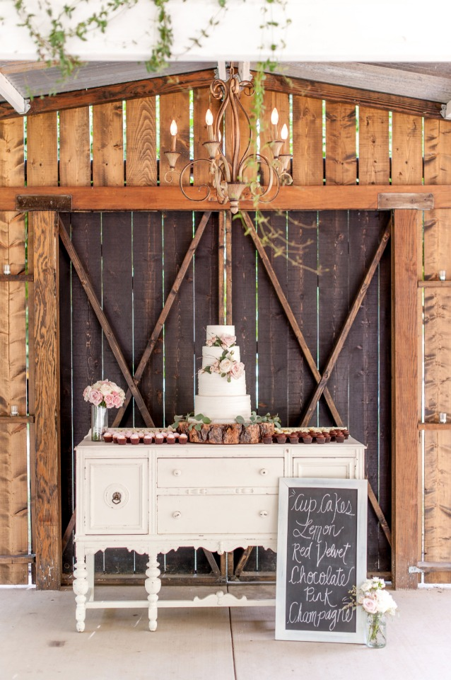 shabby chic wedding cake table