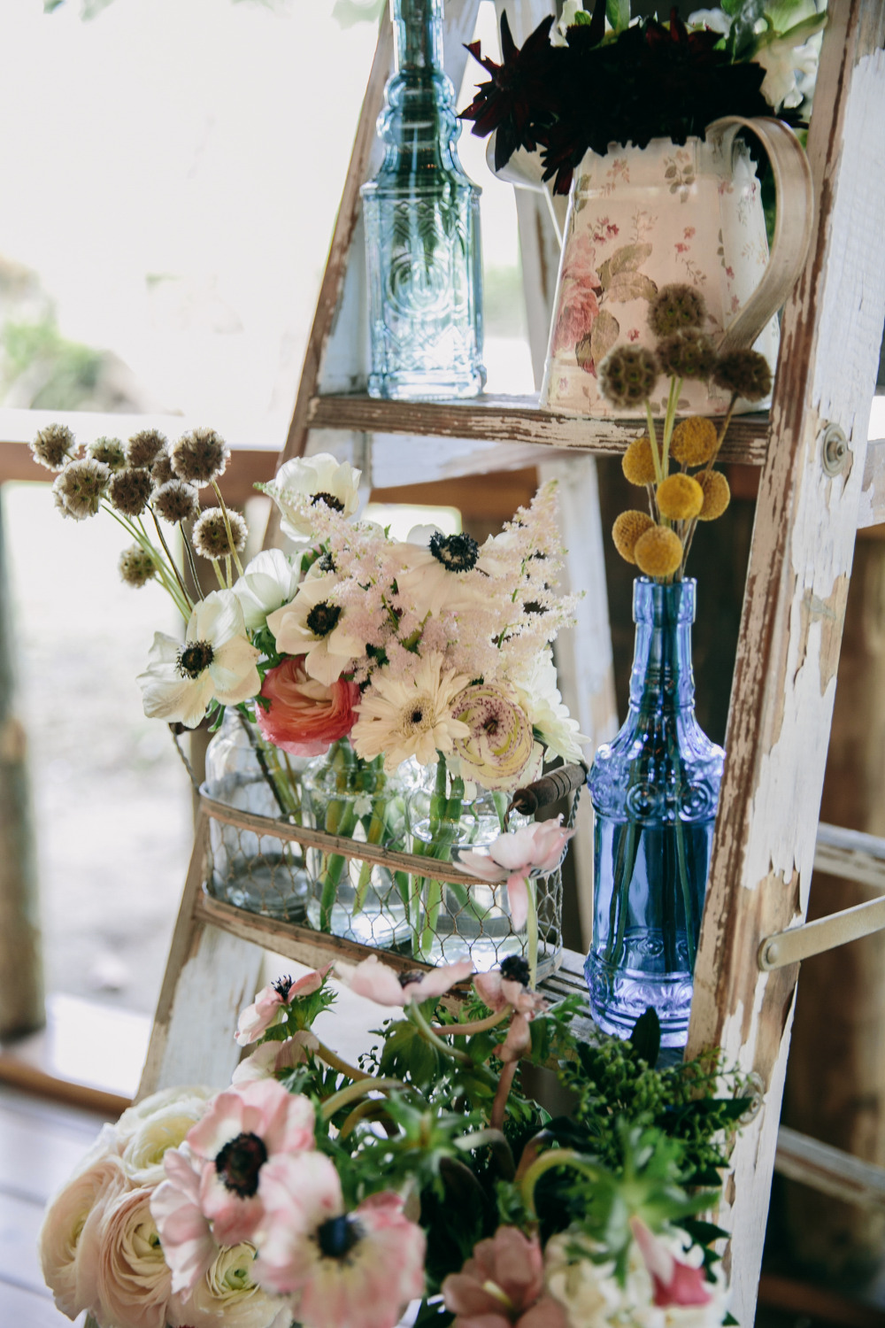 wedding decor ladder with flowers