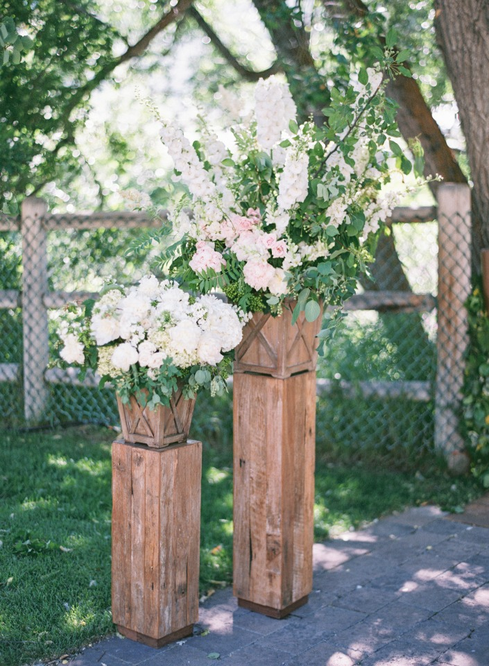 rustic chic floral decor