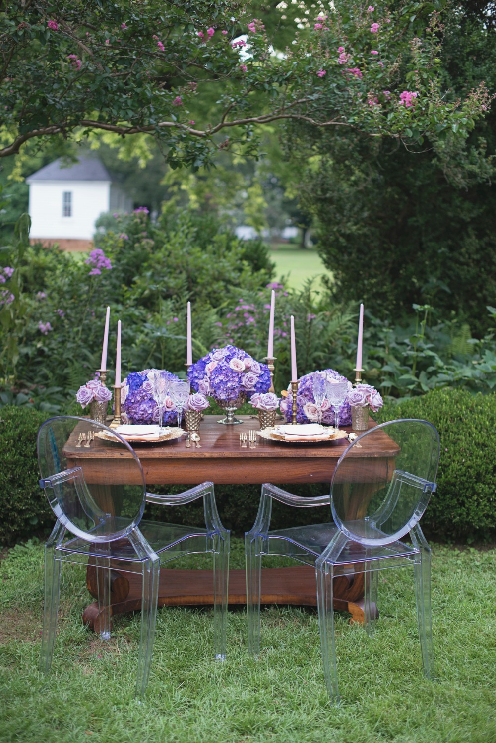 Modern vintage sweetheart table