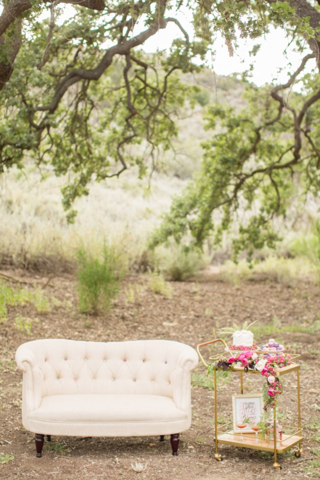 set the right tone with your wedding rentals